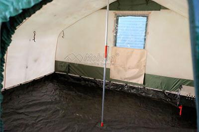 Центральная подпорка, которая значительно увеличивает снеговую сопротивляемость палатки. Армейская палатка Роснар Р-34