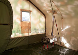 Интерьер армейской палатки Роснар Р-75 Установлена печь длительного горения Согра